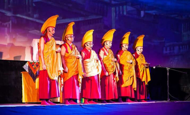 Monks from Tashi Lhunpo Monastery Visit Russia
