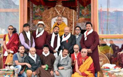 Zanskar Buddhists and Muslims Pledge Peace Before the Dalai Lama