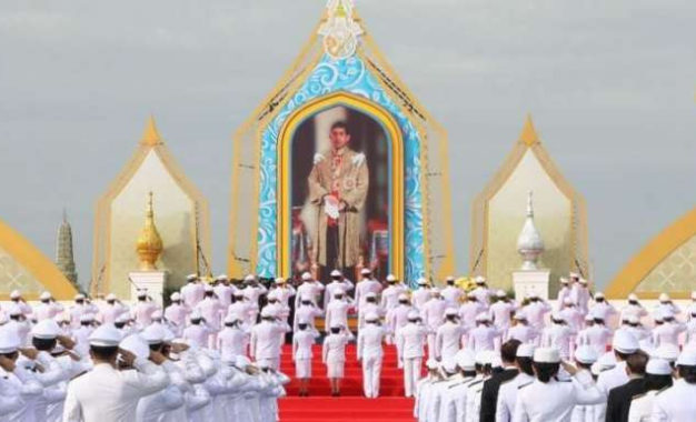 Thailand Celebrates Start of Buddhist Rains Retreat and King's Birthday