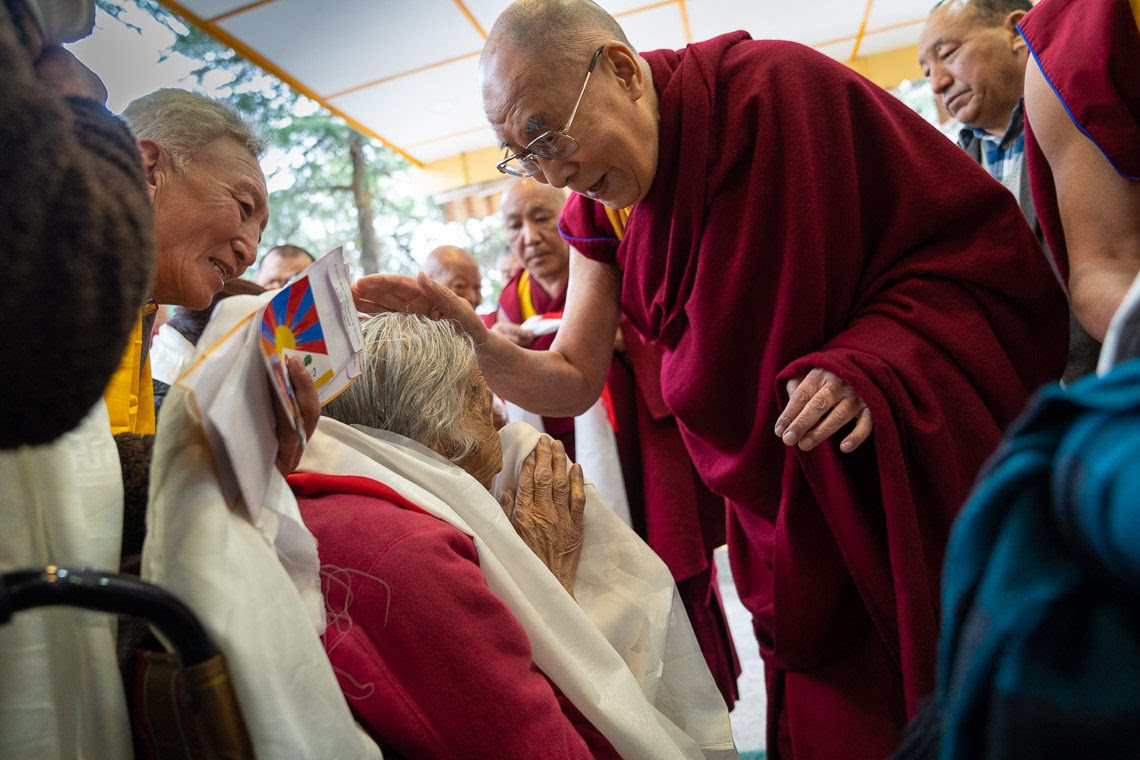 Buddhist Times News His Holiness the Dalai Lama wishes everyone on