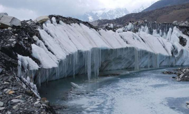 One-third of Himalayan Icecap Will Melt by the End of the Century, Study Warns