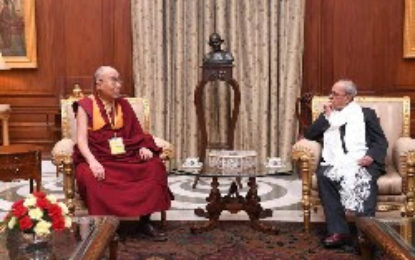 Dalai Lama meets President of India after 30 years