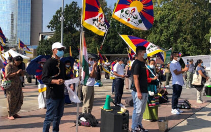 Tibetan peace marchers joined by 150 demonstrators before the UN calling to hold China accountable for violations